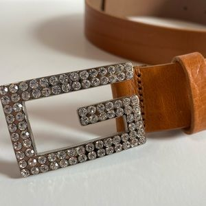 ✨NEW✨GUESS TAN BROWN BELT WITH RHINESTONES